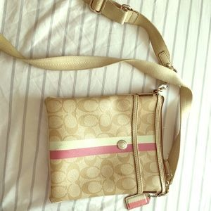 Coach crossbody messenger bag w/ heritage stripe